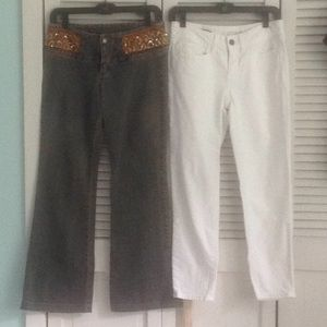 2 pair of jeans. boot cut / straight leg 3/4